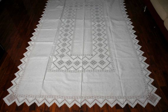 Vintage linen hand embroidered tablecloth mosaic lace by menuet