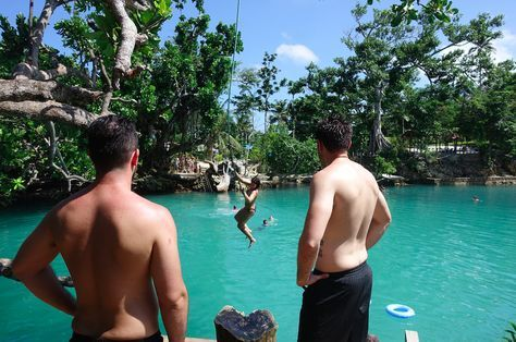 My top 7 affordable, not-too-touristy things to do in Port Vila, Vanuatu.