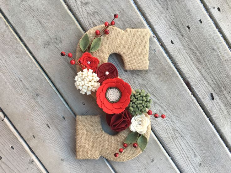 Excited to share the latest addition to my #etsy shop: Christmas Monogram, Burlap Monogram, Monogram Wreath, Rustic Decor, Christmas Wreath, Red Ruby Green Felt Flower decor