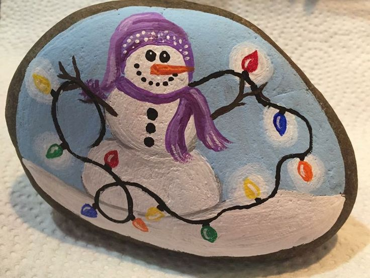 50 DIY Christmas Rock Painting Ideas (53)