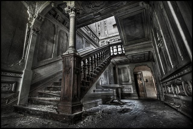 78 images about abandoned mansions on pinterest around the worlds plaza hotel and the - The beauty of an abandoned house the art behind the crisis ...