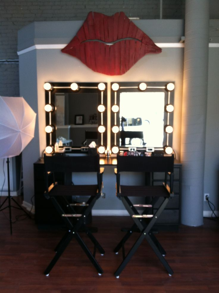 Makeup Studio Directors Chairs Hollywood Lights Red