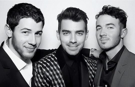 Jonas Brothers: Nick, Joe, Kevin