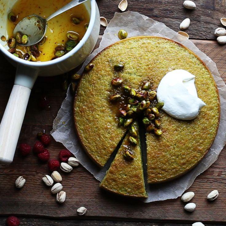 Einfache Pistazienkuchen Rezept von Grund auf neu | Auch die Krümel bitte   – Recipes