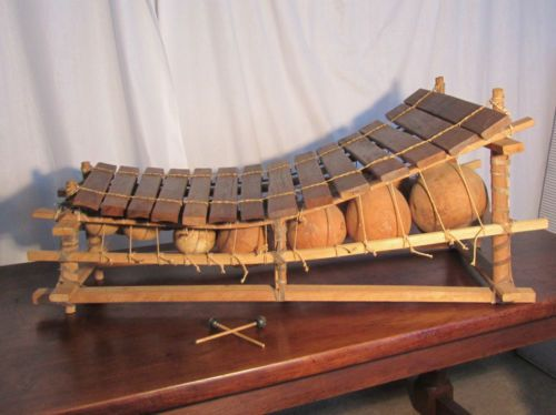 Vintage-Traditional-African-Balaphone-from-the-Gambia