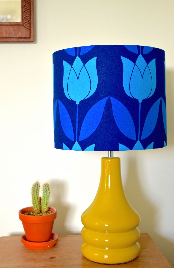 Awesome Blue Tulip Retro Table Lamp From Hunkydory Home Http://www.hunkydoryhome.