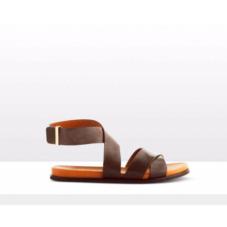Franck – Flat Sandals – Size: 41
