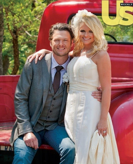 Blake Shelton And Miranda Lamberts Wedding Photo My Fav Celebrity Couple
