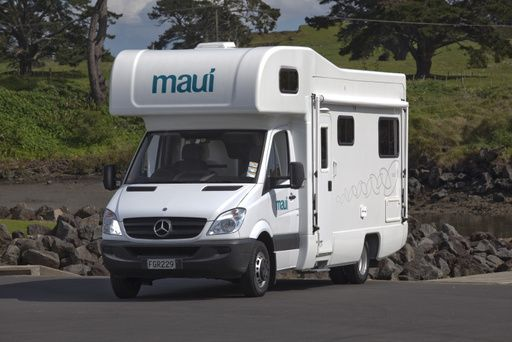 maui platinum river motorhome - Book online. Budget campervan hire. uk, england, scotland, france, germany, italy, spain, portugal, finland, norway, iceland,australia, new zealand, south africa, usa, canada