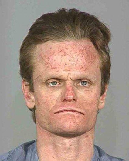 L'homme qui se rasait le front