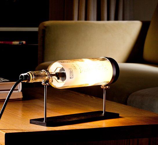 wine bottle upcyle - lamp