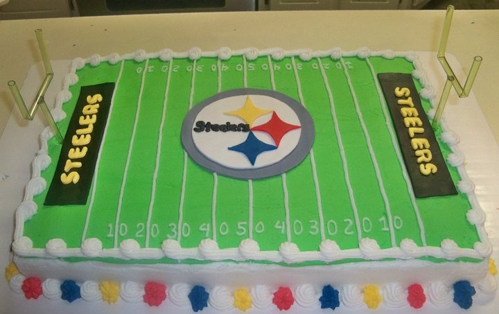 Cake Decorated Like Football Field : Steelers Football Field Cake Sports Pinterest ...