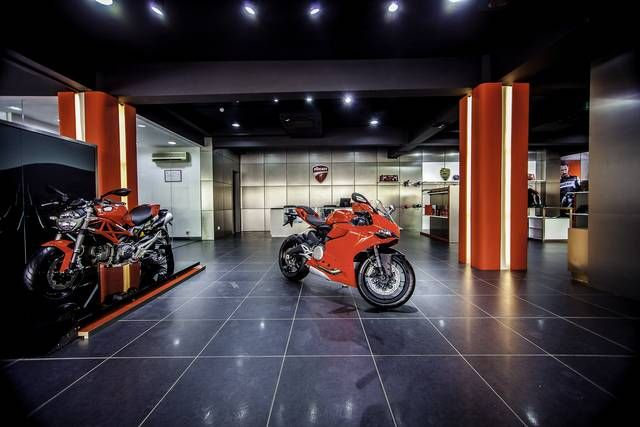 #Ducati officially marks its arrival in India with a press conference at the largest Ducati Store in the world