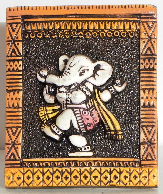 176 best images about ganesha on pinterest indian for Mural name plate designs