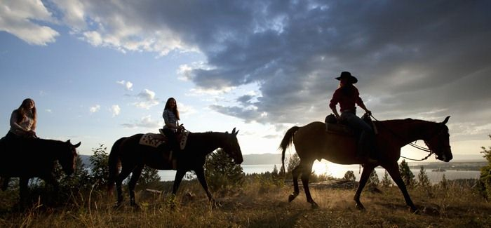 Do more #DudeRanching with the 50 best places in the U.S. to horse around. Like Flathead Lake Lodge in Montana. #Wanderlusting #SummerofDoing
