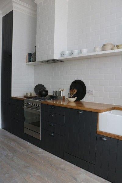 Zwarte Keuken Houten Vloer : Zwart Witte Keukens op Pinterest – Witte Keukens, Luiken en Keukens