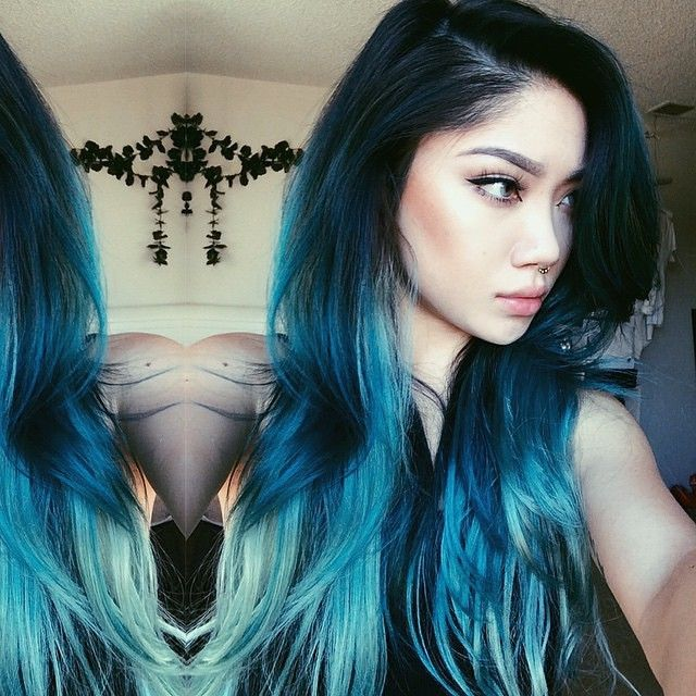 Real life mermaid @marycake #jesstheebesttcolor #balayage #ombre #bluehair #pravana