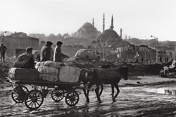#eminönü #istanbul #turkey #araguler #1964