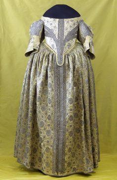 """Damenkleid von ca. 1635-1645, i.0043, Rüstkammer/SKD für die Ausstellung """"Der frühe Vermeer"""" Gemäldegalerie Dresden, 2010"""