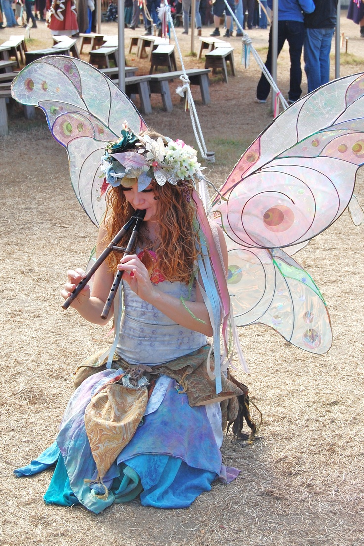 Twig the Fairy at Renaissance Faire. Want to be a fairy some time. She is so pretty!