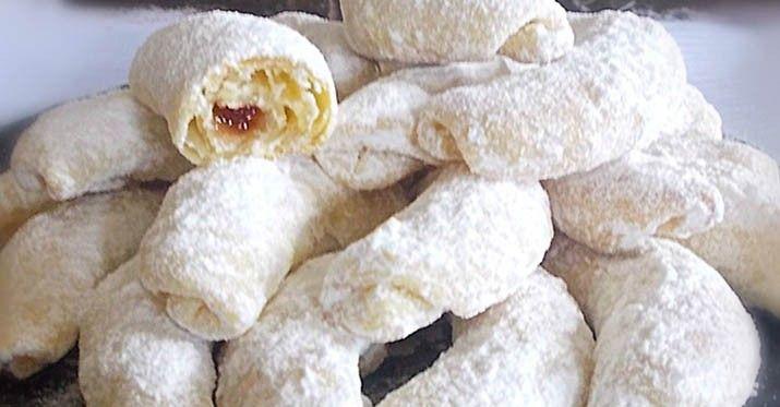 Křupavé vanilkové rohlíčky z kyslej smotany
