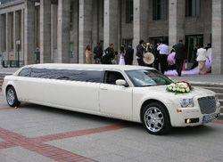 Eine Stretchlimousine mieten und einen erstklassigen Limousinenservice ... I stumbled upon this kind of incredible limo service. View lots more on this site