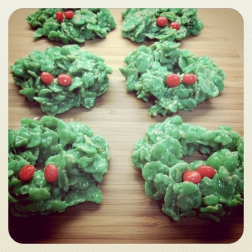 Christmas wreath treats,
