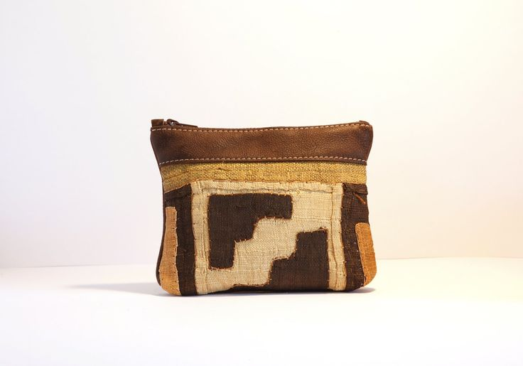 The Kinshasa Clutch - Small