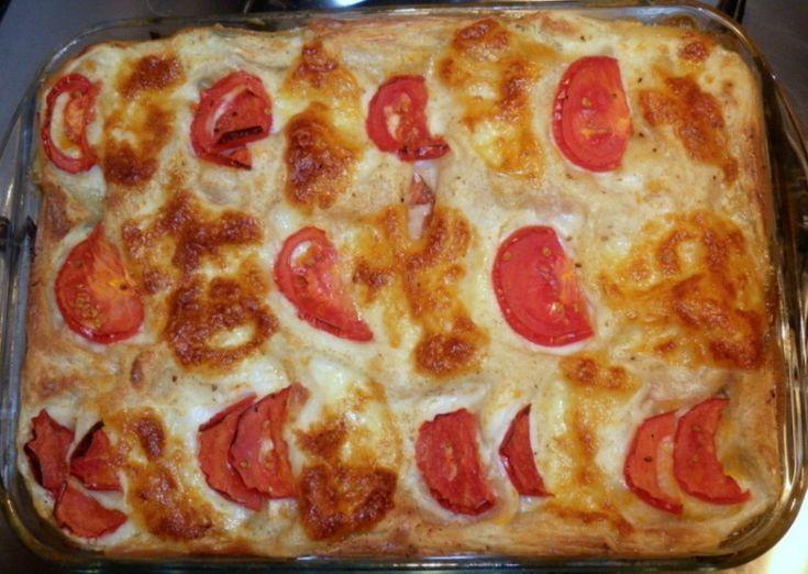 Lasagna cu vinete si mozzarella. O reteta de vara! Cu rosii proaspete, vinete lucioase, ceapa si usturoi verde si mozzarella moale. Poate ramane vegetariana