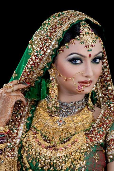 Matha patti, nath, nathni, heavy bridal gold necklaces, Indian bridal jewellery