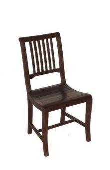 Prachtige koloniale teakhouten stoel. Deze stoel is te leveren in de kleuren: koloniaal, thee en blank teakhout. Bezoek ook eens teakhuis.nl voor meer stoelen en andere teakhouten meubels