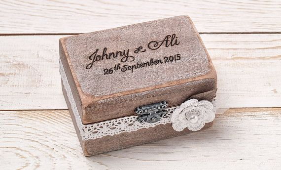 Ring Bearer Box Wedding Ring Box por InesesWeddingGallery en Etsy