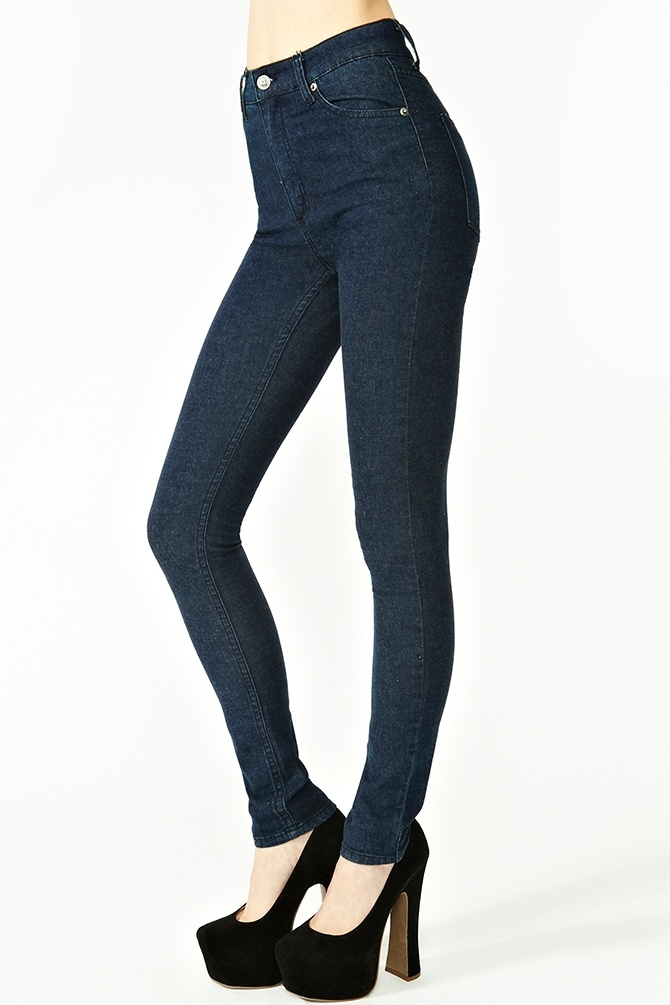 Second Skin Jeans in Dark Wash