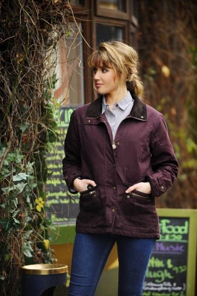 We have a great range of rain gear which can help to keep you dry. Our rain gear range contains clothing for men and women, and comes in a variety of different styles. This cotton women's jacket, the Rathmore Resin Rain Jacket is made of waterproof resin #irishraincoat #raincoat