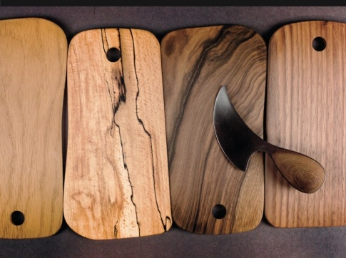DWS SIde Plate-Made in Oak, Spalted Sycamore, Walnut and Iroko..beautiful knife too!