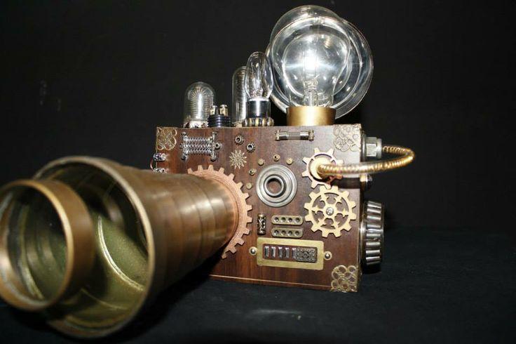 Modelos e Maquetes: Câmera estilo Steampunk. FATEB 2013 Orientador: Profº Francis Martins. Alunos: Conrado Renan da Silva e Jaqueline Akemi Yamauti