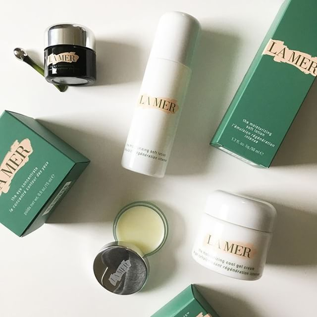 And sometimes, you just gotta treat yourself! Here are some of my favorite products by @lamer skincare. What's yours? And have you tried their new «The Moisturizing Cool Gel Cream» yet? #cremedelamer #themoisturizingcoolgelcream #luxuryskincare #skincare #beauty #beautyblog #bblogger #prsample #heypretty