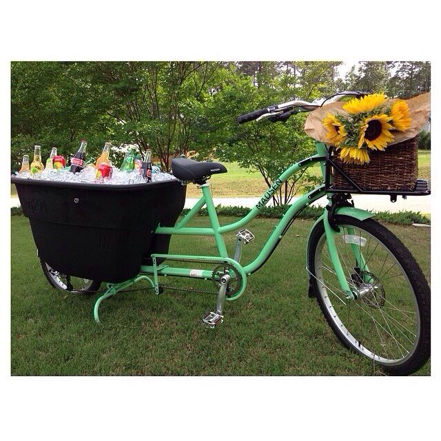 Party Bike ✨Parties Decorations, Teas Sisters, Parties Bikes, Tea Parties, Fun Teas, Tea Party Decorations, Teas Parties Decor