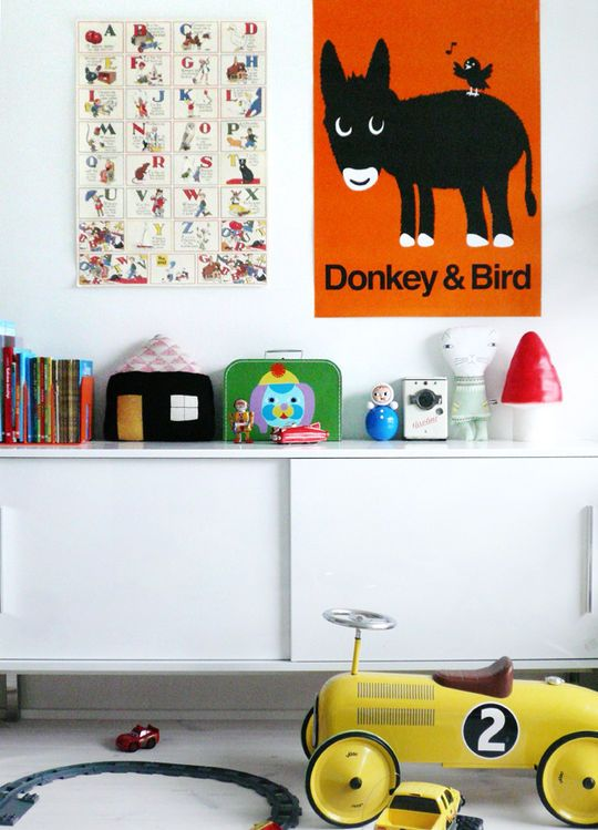 love the poster: Birds Prints, Playrooms Ideas, Kids Bedrooms, Vintage Cars, Boys Bedrooms, Kids Spaces, Boys Rooms, Kids Toys, Kids Rooms