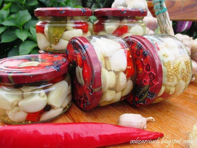 Znakomite połączenie czosnku z pikantną papryczką w zalewie octowej
