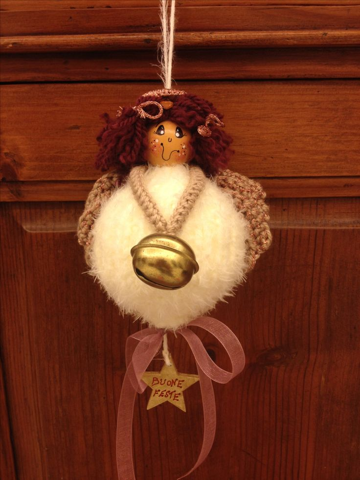 Angel 8 (knitted ball and crocheted wings)