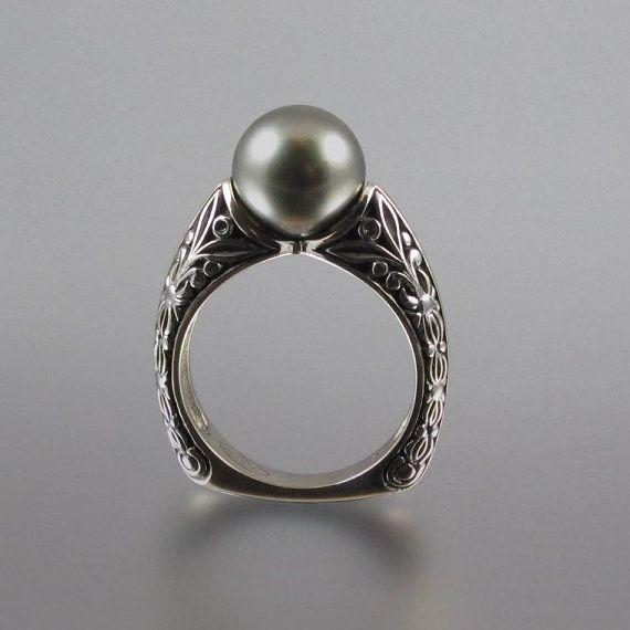 lOove pearl rings!