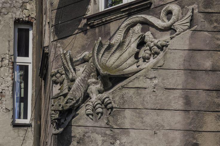 """Detale architektoniczne bytomskich kamienic"" (fot. Mateusz Koźlik)"