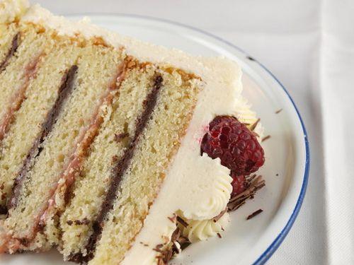 Ganache à la framboise et au chocolat avec crème au beurre au chocolat blanc   – Recipes