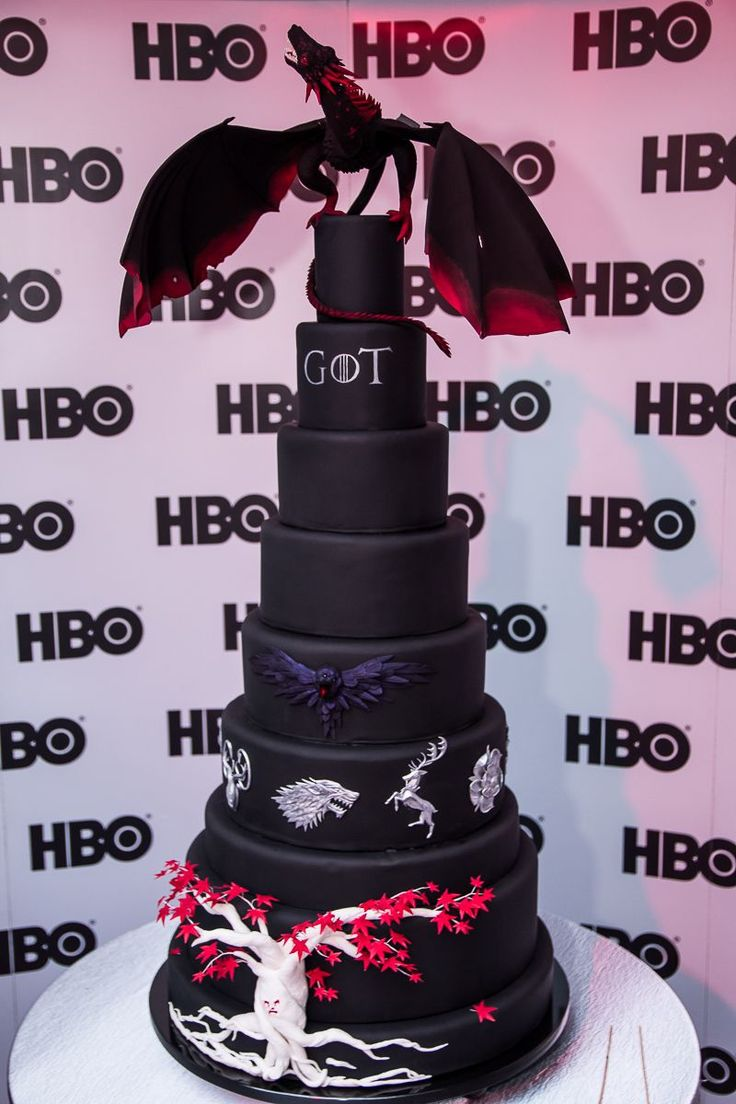 Fot. HBO game of thrones cake POLAND