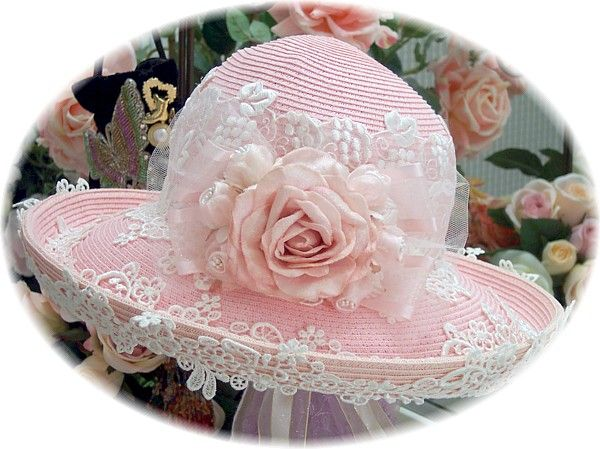 Rose Vineyard Tea hat