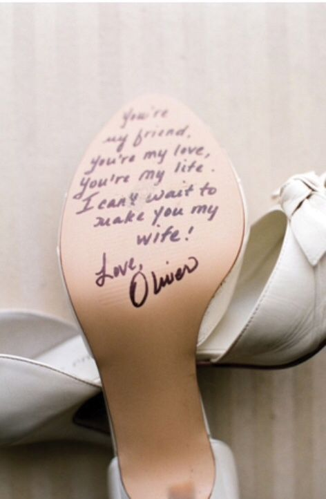 I have always wanted Christian Louboutin's for my wedding but if my future husband did this for me it would be so much better than red bottoms! ❤️