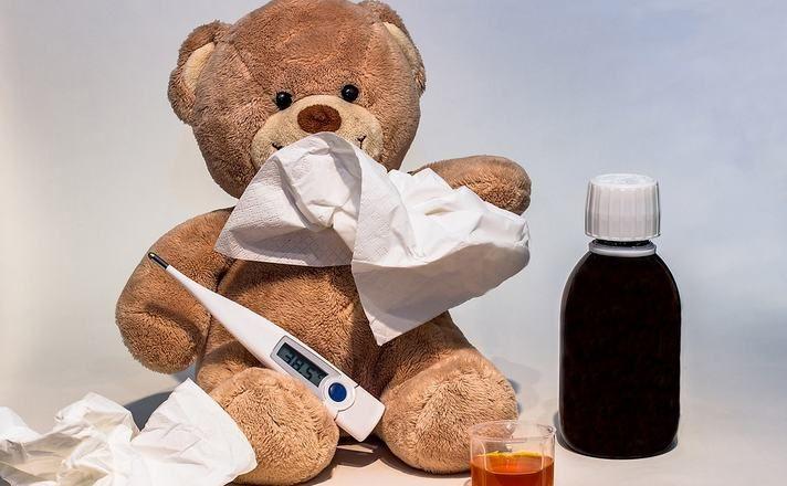 Bebek sağlığı konusunda son derece önemli olan yüksek ateş durumlarında bebeğinize ve çocuğunuza nasıl müdahale etmeniz konusunda bilgiler  http://bebegimbuyurken.net/bebeklerde-ates-nasil-dusurulur/