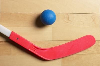 Lead Up Games To Floor Hockey For Elementary Kids