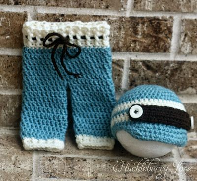 FREE PATTERN - Huckleberry Love: Crochet Newborn Pants